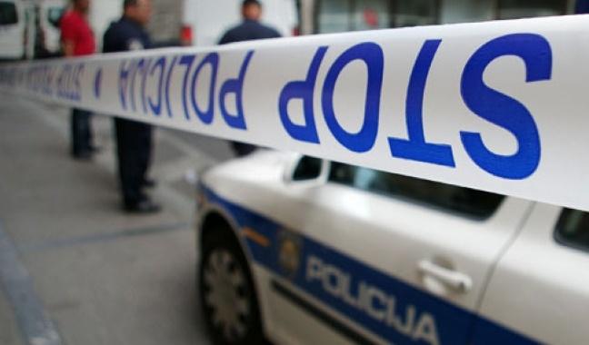 policija-300